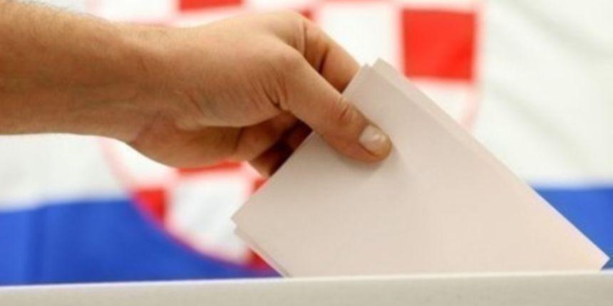 Povjerenje u politiku: Od 412 registriranih glasača, izborima se odazvalo samo 24 glasača
